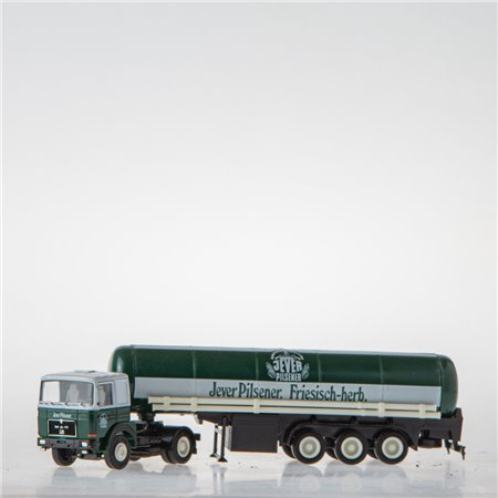 Tank-Sattelzug (1:87 Spur H0 Herpa)