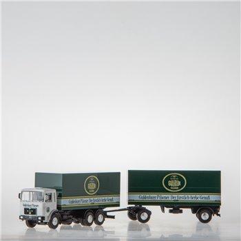 Koffer-Hängerzug (1:87 Spur H0 Herpa)